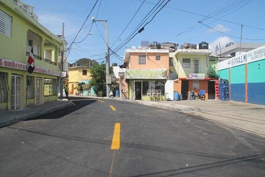 Collado inaugura obras en El Manguito